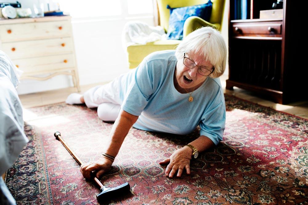 elderly lady injury in nursing home